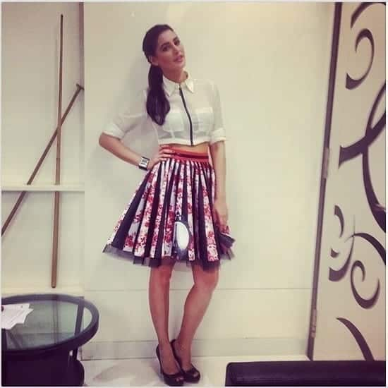 3-Nargis-in-an-Adoringly-Cool-Mini-Skirt-Outfit Nargis Fakhri Outfits-32 Best Looks of Nargis Fakhri to Copy