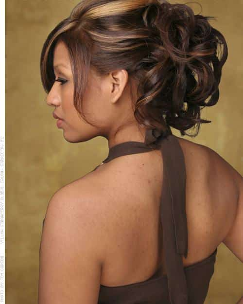 31-Stunning-Messy-Hairdo-1 Hairstyles For Round Face-36 Cute Hairstyles for This Year