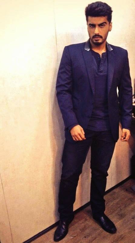 4-In-a-Sassy-Varun-Bahl-Outfit Arjun Kapoor Outfits-30 Best Dressing Styles of Arjun Kapoor to Copy