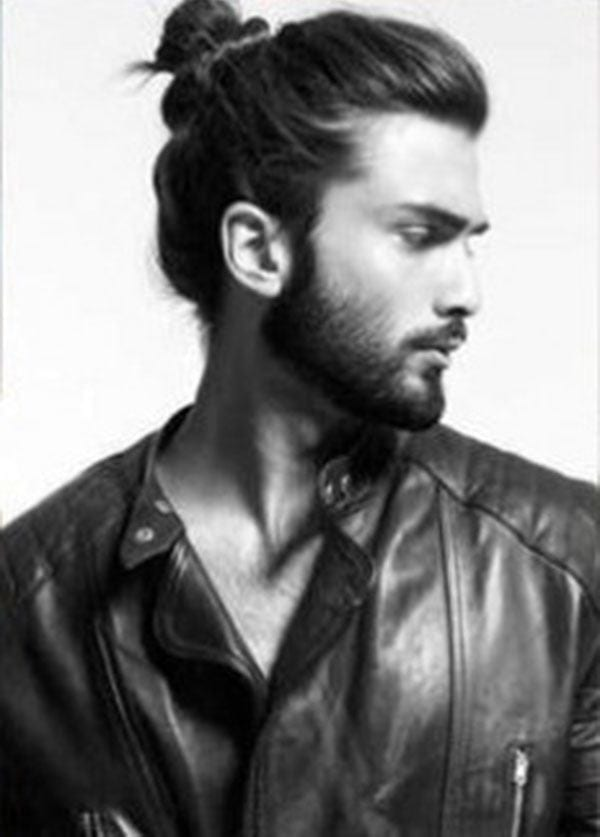 41-The-Ponytail 48 New Hairstyles for Skinny Boys Trending These Days
