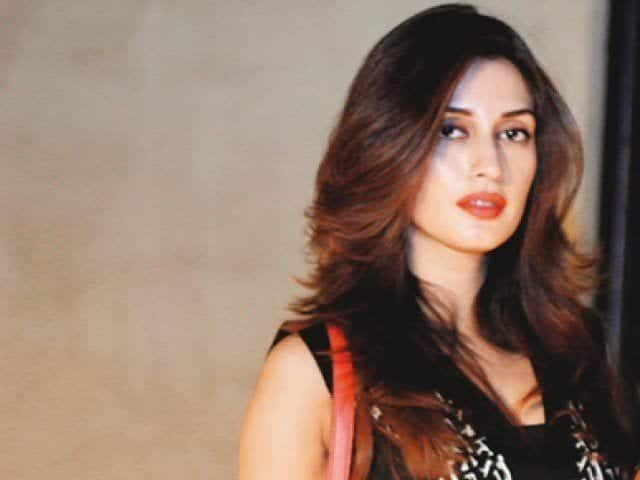 5-Iman-Ali Top 15 Prettiest Female Models of Pakistan This Year