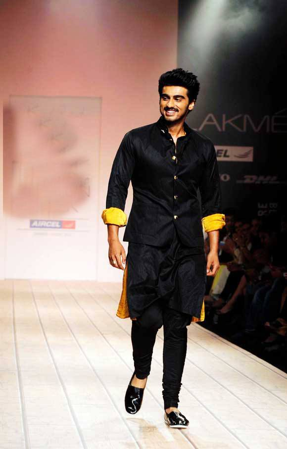 6-His-Vogue-Fashion-Night-Outfit Arjun Kapoor Outfits-30 Best Dressing Styles of Arjun Kapoor to Copy