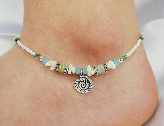 15-The-Calm-in-Coiled-Sea-Shells Cute Ankle Bracelets-19 Ideas how to Wear Ankle Bracelets