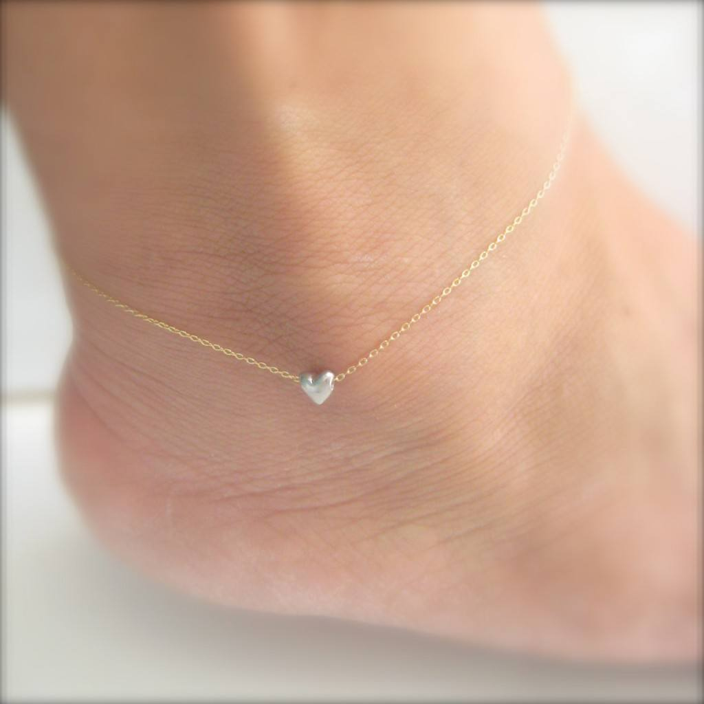 19-Tiny-Heart-shaped-Confinement-1024x1024 Cute Ankle Bracelets-19 Ideas how to Wear Ankle Bracelets