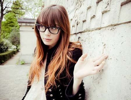 2-The-Nerdiest-Hairdo-for-Women 37 Cute Hairstyles for Women with Glasses this Year
