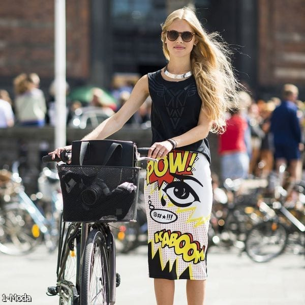 20-Cute-Cartoon-Printed-Pencil-Skirt-Style Women Summer Street Style-30 Cute Summer Styles to Copy in 2016