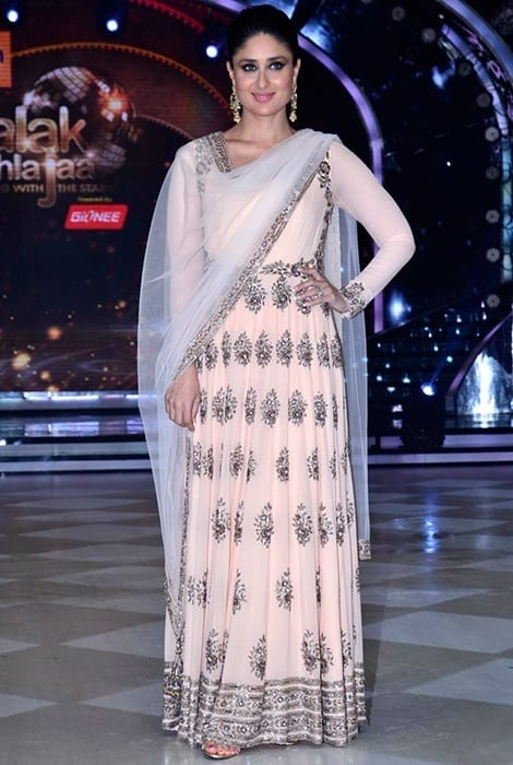 2014-August-Manish-Malhotra1 25 Best Kareena Kapoor outfits and Dressing Styles All Time