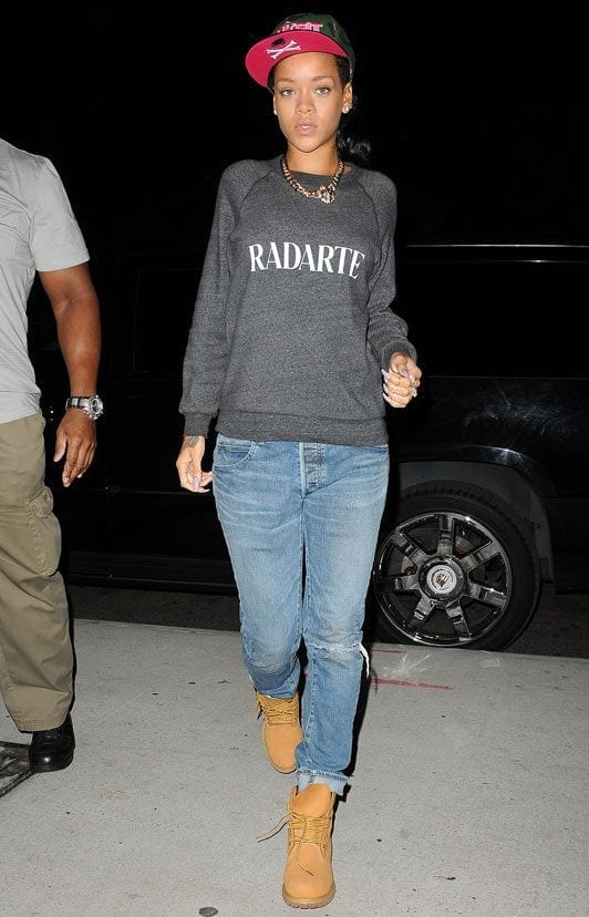 21-The-Most-Swagging-Casual-Outfit Rihanna Outfits-25 Best Dressing Styles of Rihanna to Copy