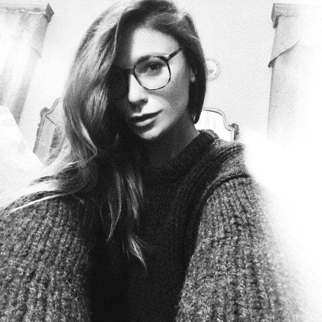 27-A-Gorgeous-Side-Collection-of-Hair 37 Cute Hairstyles for Women with Glasses this Year