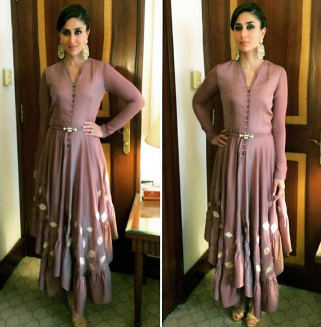 2_120715061416 25 Best Kareena Kapoor outfits and Dressing Styles All Time