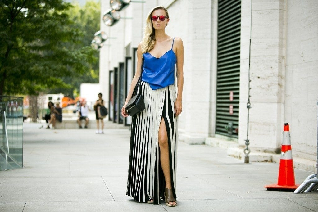 30-Slim-and-Slender-Half-Cut-Skirt-Outfit-1024x683 Women Summer Street Style-30 Cute Summer Styles to Copy in 2016