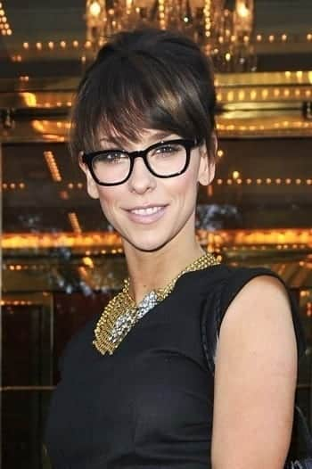 34-The-Classical-Curls-Hairdo 37 Cute Hairstyles for Women with Glasses this Year