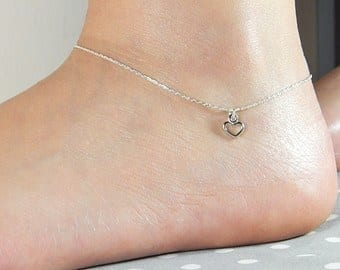 6-The-Timeless-Hollow-Hearts Cute Ankle Bracelets-19 Ideas how to Wear Ankle Bracelets