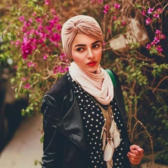 8-Sahar-Foad Muslim Fashion Bloggers-15 Popular Islamic Bloggers to Follow