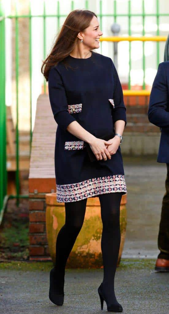 9-kate-middleton-skinny-legging-look-551x1024 Kate Middleton's Outfits - 25 Best Dressing Styles Of Kate