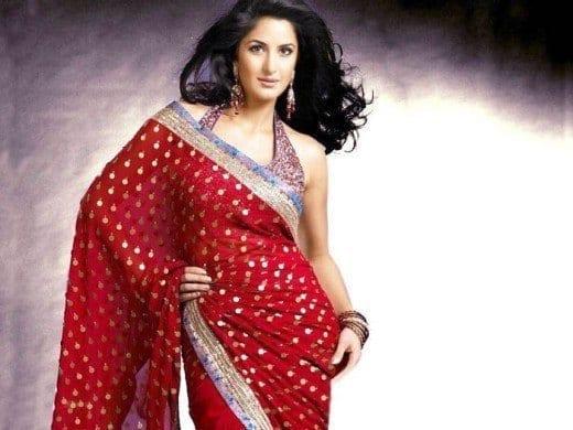 Celebrity-Katrina-Kaif-Red-Saree-Wallpaper-520x390 Katrina Kaif Outfits-25 Dressing Styles of Katrina Kaif to Copy