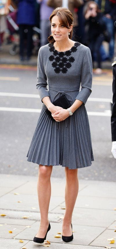 Kate-middletons-pleated-skirt-outfit Kate Middleton's Outfits-25 Best Dressing Styles Of Kate To Copy