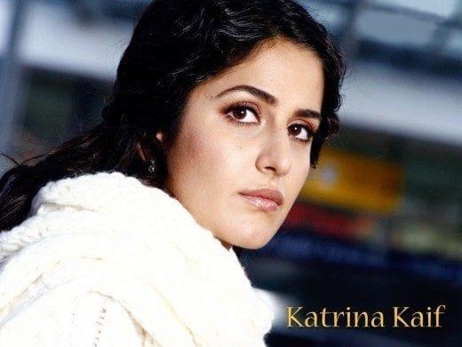Katrina-Kaif-Desktop-Wallpaper-520x390 Katrina Kaif Outfits-25 Dressing Styles of Katrina Kaif to Copy