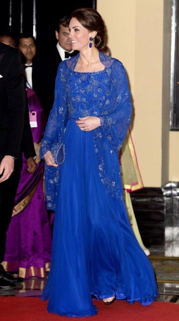 duchess-of-cambridge-jenny-packham25-xlarge-571x1024 Kate Middleton's Outfits-25 Best Dressing Styles Of Kate To Copy