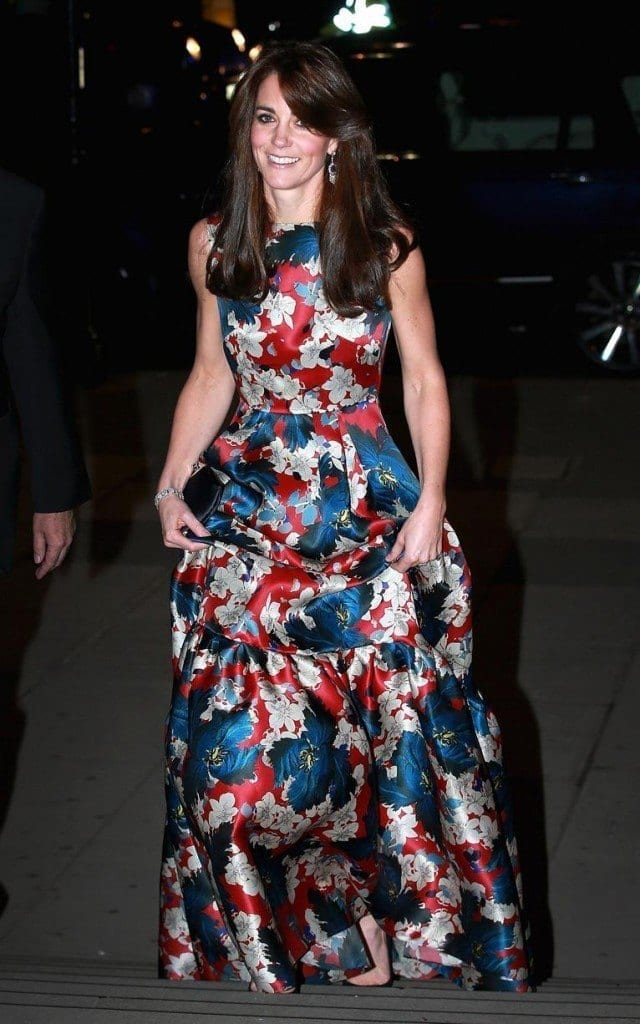 duchesss-tues-night-x-xlarge-640x1024 Kate Middleton's Outfits-25 Best Dressing Styles Of Kate To Copy