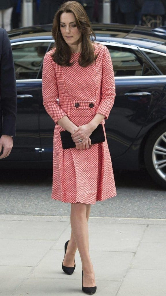 kate-epnine-xlarge-576x1024 Kate Middleton's Outfits-25 Best Dressing Styles Of Kate To Copy