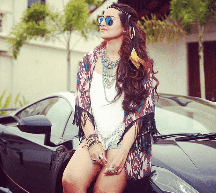 tumblr_inline_o0vxq0YYYs1tpzgz5_1280 Sonakshi Sinha Outfits-25 Dressing Styles of Sonakshi to Copy