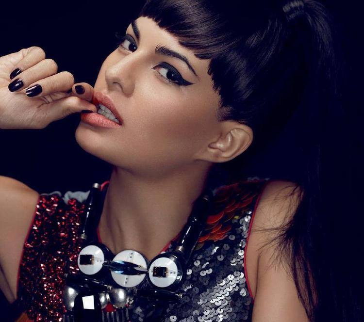 10450869_703481479729533_5139712524105382699_n Jacqueline Fernandez Hairstyle-25 New Hairstyles of Jacqueline