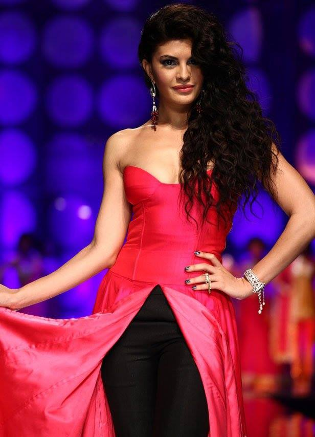 10469036_714271468650534_6079837533180414543_n Jacqueline Fernandez Hairstyle-25 New Hairstyles of Jacqueline