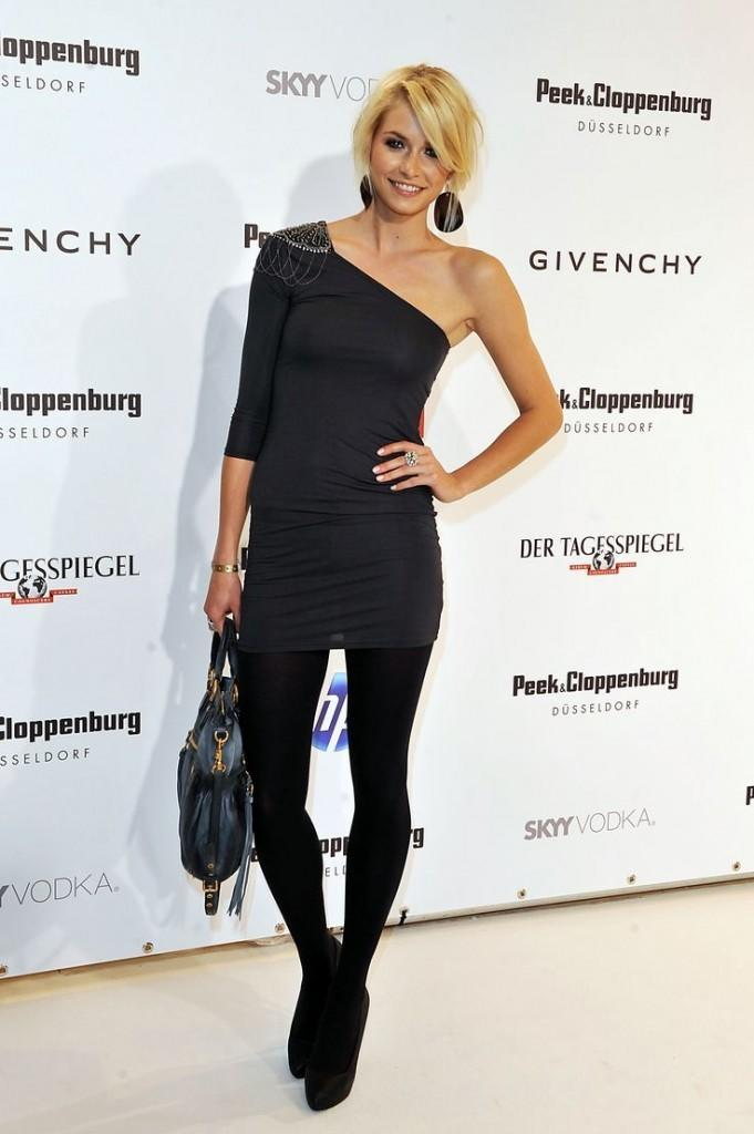 21-A-Fancy-Occasion-Style-681x1024 Lena Gercke Outfits-25 Best Dressing Style of Lena Gercke to Copy