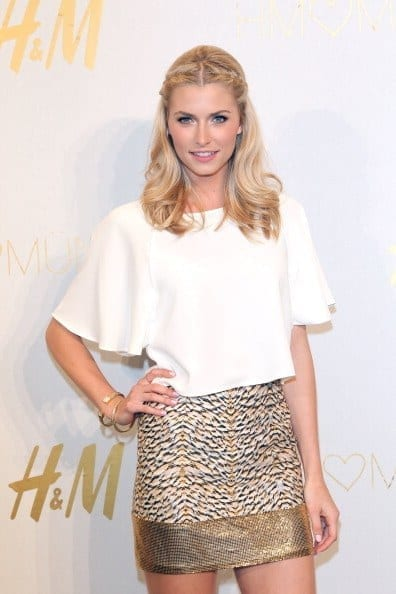 23-An-Elegant-Short-Skirt Lena Gercke Outfits-25 Best Dressing Style of Lena Gercke to Copy