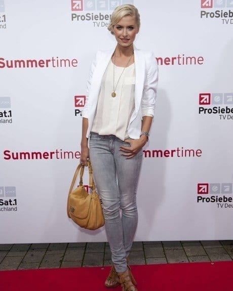 4-A-Classic-Office-Style Lena Gercke Outfits-25 Best Dressing Style of Lena Gercke to Copy