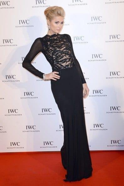 8-A-Classic-Evening-Dress Paris Hilton Outfits-25 Best Dressing Styles of Paris Hilton to Copy