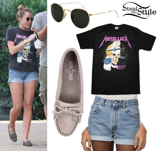 8-For-the-Love-of-Skulls Miley Cyrus Outfits-25 Best Dressing Styles of Miley Cyrus to Copy