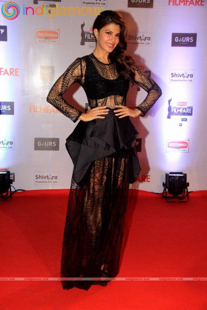 Jacqueline-Fernandez-At-61st-Britannia-Filmfare-Awards-2016-Photo-Gallery-30-683x1024 Jacqueline Fernandez Outfits-Top 20 Dressing Styles of Jacqueline This Year