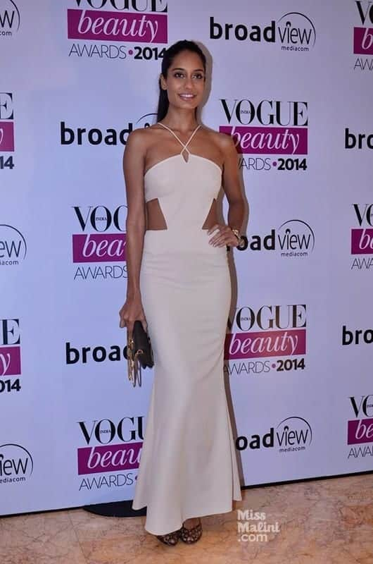 Lisa-Haydon Lisa Haydon Outfits – 25 Best Dressing Styles of Lisa Haydon