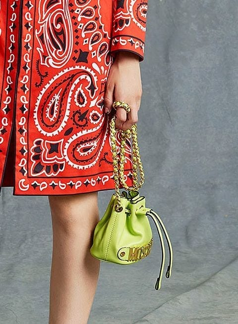 e77b7f3098dc547599e374fed3469124 Best Outfits to go with Tiny Bags-20 Ideas on How to Wear Mini Bags