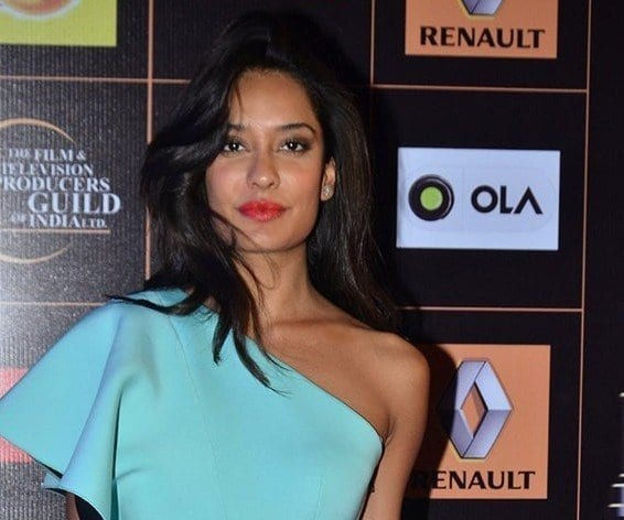 lisa-haydon-e1421249758292-566x472 Lisa Haydon Outfits – 25 Best Dressing Styles of Lisa Haydon