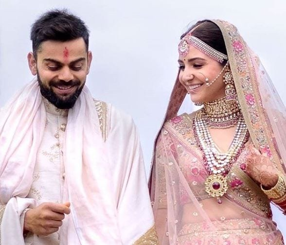 virat-and-anushka-bollywood-couple The Best and Cutest Bollywood Real Life Couples who Married