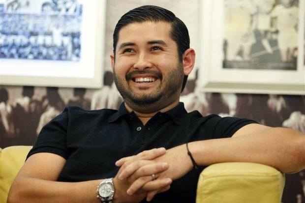 Tunku-Ismail-Idris-Bin-Bin-Ibrahim-Ismail 20 Most Eligible Muslim Bachelors in World|Rich and Charming
