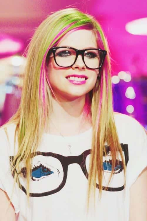 avril-nerd-hair Cute Nerd Hairstyles For Girls-19 Hairstyles For Nerdy Look