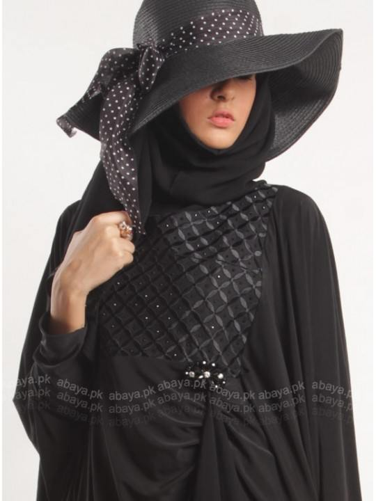 black-crosshatch 15 New Abaya Styles for Teenage Girls For Modest Look