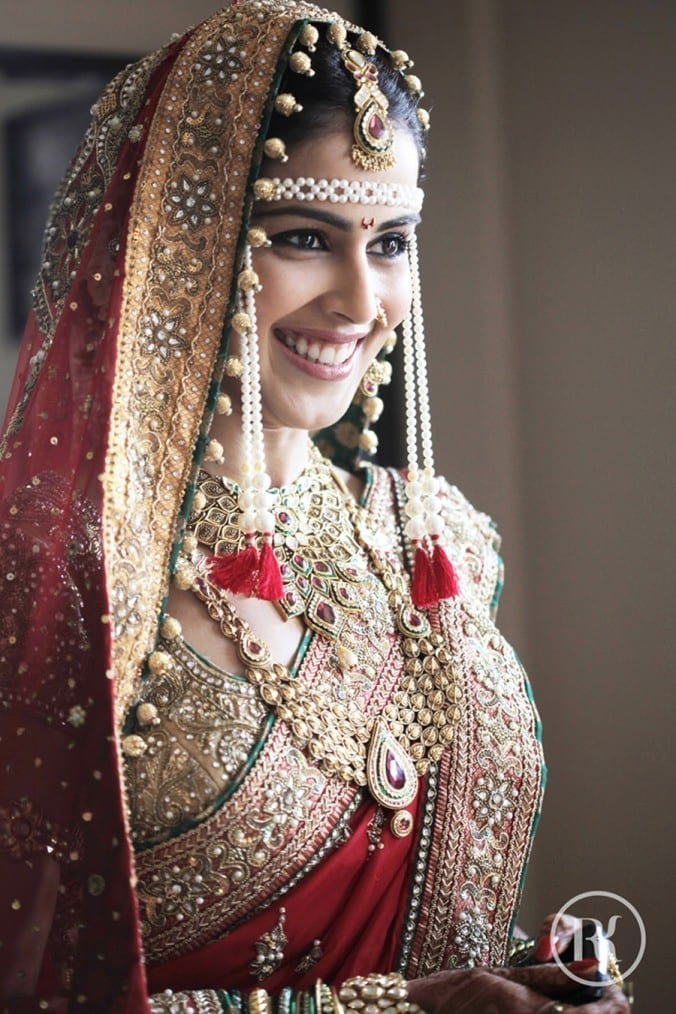 genelias-wed-dress-closeup 10 Most Expensive Bollywood Wedding Dresses of All The Time
