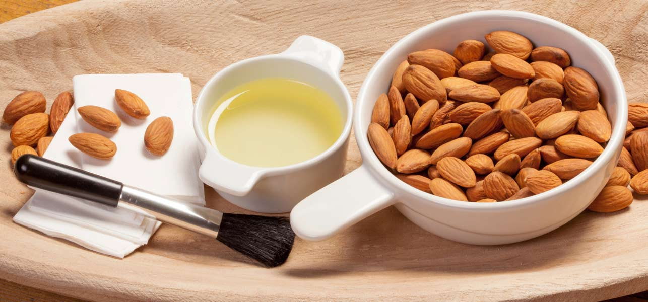Amazing Use of Almond Oil as Makeup Remover