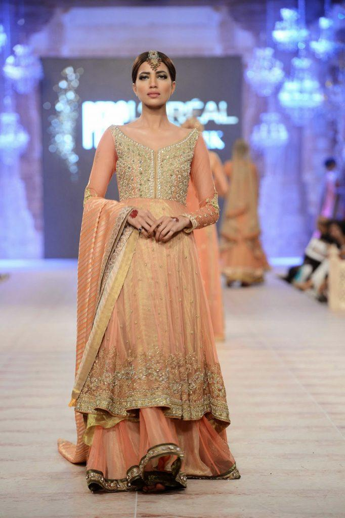 Asifa-Nabeel-16-682x1024 Latest Bridesmaid Lehenga Designs-22 New Styles to Try in 2016