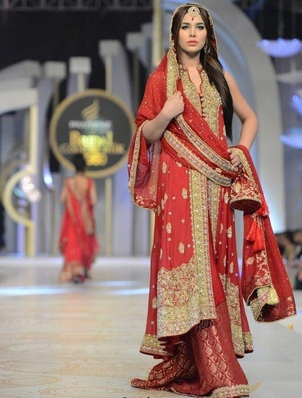 Bridal-Sharara-with-Sleeveless-Long-Shirts33 Bridal Sharara Designs-32 News Designs and Styles to Try