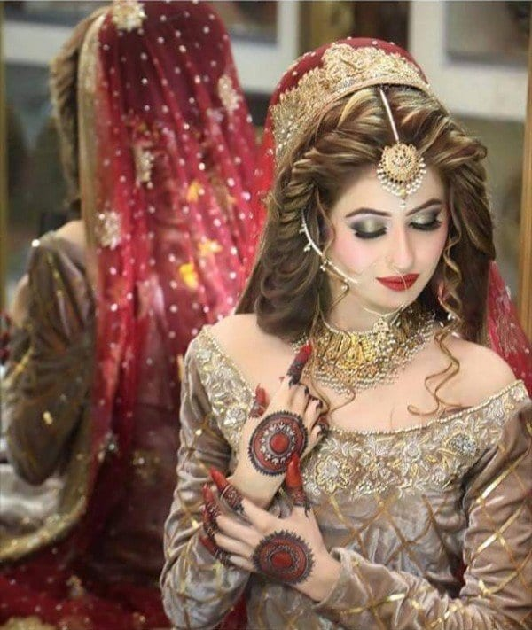 Exclusive-Bridal-Mehndi-Designs-2016-For-Hands1 Bridal Sharara Designs-32 News Designs and Styles to Try