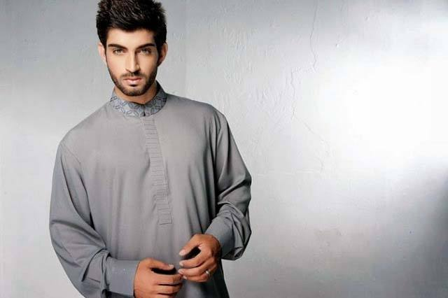 Latest-Summer-Men-Kurta-Shalwar-Designs-Collection-2016-2017-35 Latest Kurta Styles for Men - 24 Best Kurta Styles in 2019