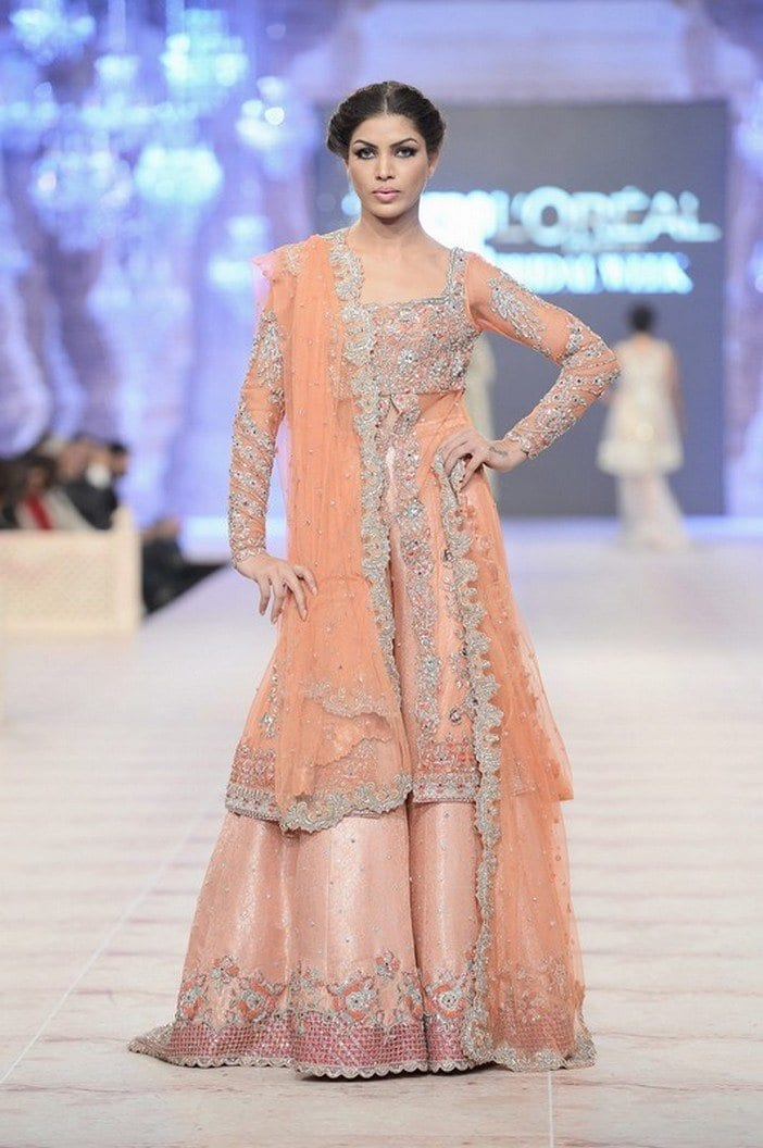 Stylish-Bridal-Dresses-Sharara-And-Gharara-Designs5 Bridal Sharara Designs-32 News Designs and Styles to Try
