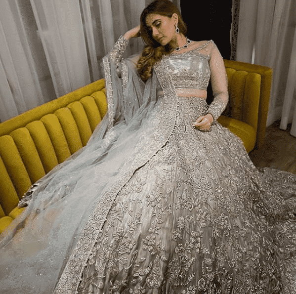 bold-sharara-style Bridal Sharara Designs-32 News Designs and Styles to Try