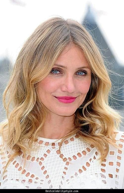 celebrity-hairstyles-for-round-face-hairstyles-2016-new-haircuts- Outfits for Brides Mothers-20 Latest Mother of the Bride Dresses
